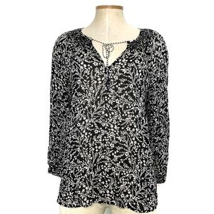 SANCTUARY black & white floral tie front top